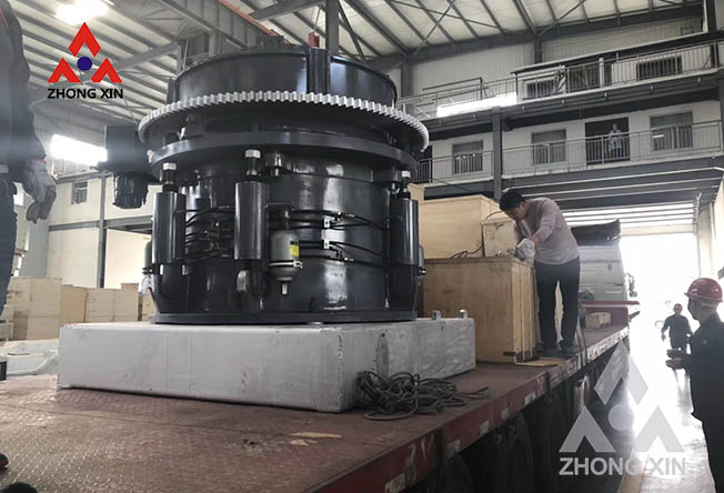The whole set of river pebble crushing production line equipment is shipped