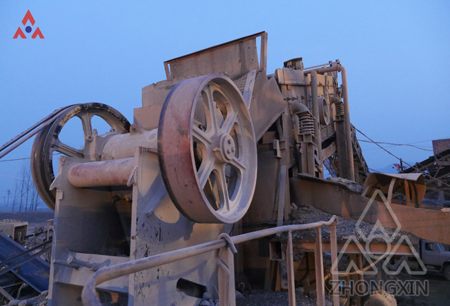 Analysis of the cause of abnormally elevated temperature of jaw crusher