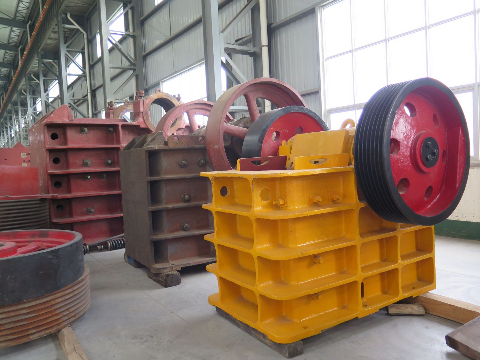 What need to do before jaw crusher begin to work?