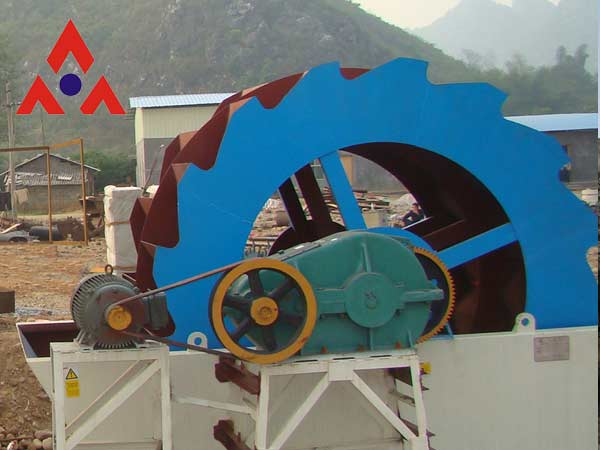 necessary maintenance knowledge on cone crusher essay Streamlined structure, convenient maintenance as the first process of stone crushing line, jaw crusher always plays important role this machine is possess of optimized crushing chamber, heavy eccentric shaft and high manganese steel jaw plate, which takes advantages of high efficiency, strong crushing ability and low investment costs.